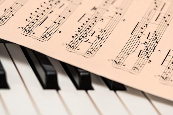 Universal Music shares soar after Euronext debut